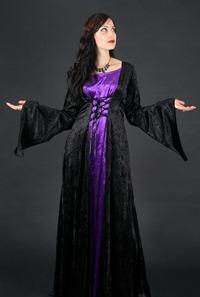 черно-фиолетовое свадебное платье