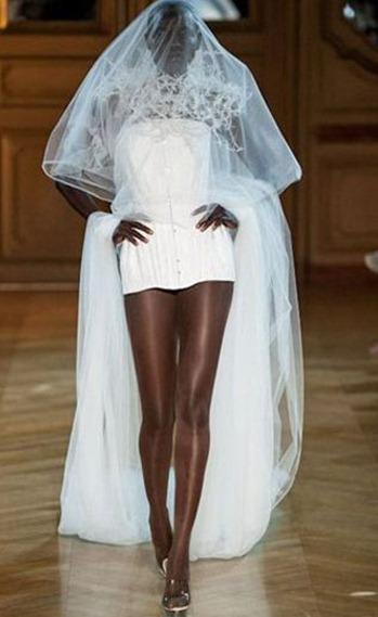 свадебное платье Serkan Cura