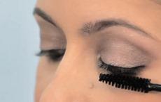 макияж накладные ресницы