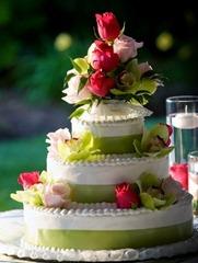 свадебный торт с фисташкамии и корицей