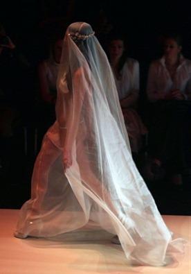 свадебное платье откровенное