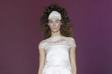 свадебные украшения на голову 11