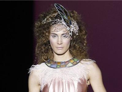 свадебные украшения на голову 8
