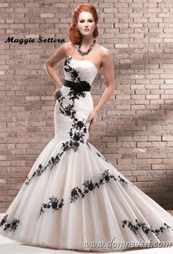 свадебное платье с черным Maggie Sottero