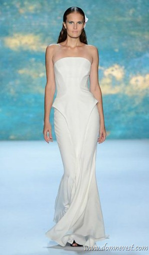 свадебное платье Monique Lhuillie 2013