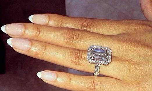 как сделать селфи с кольцом