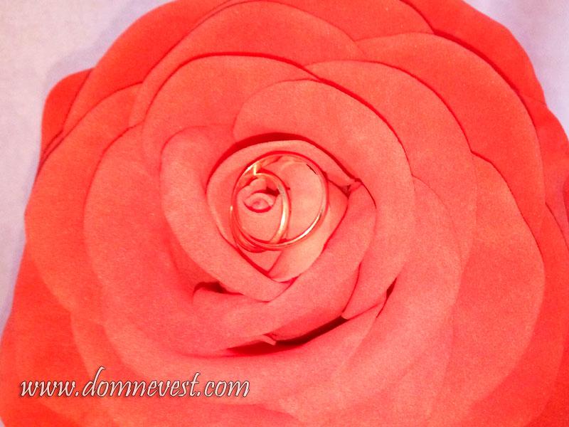 большая роза из фоамирана своими руками