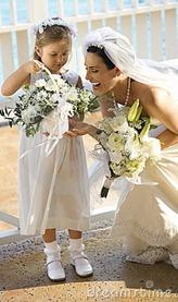 невеста и девочка