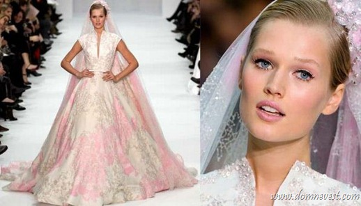свадебный макияж под розовое свадебное платье