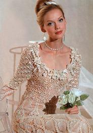 вязаное платье с розами