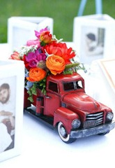 машина с цветами