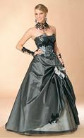 черное свадебное платье и украшения от Annie Couture