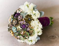 винтажный букет с живыми цветами