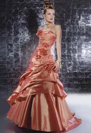 кораллово-красное свадебное платье