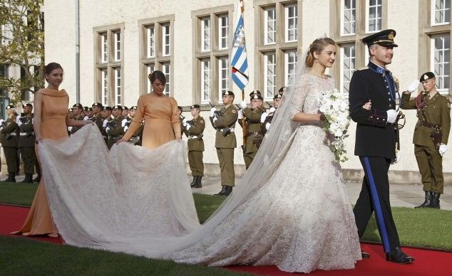 свадебное платье принцессы Стефани королевская свадьба в Люксембурге принцесса Стефани