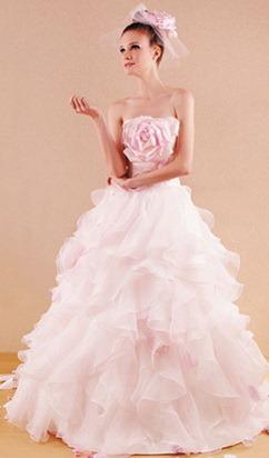 Цвет свадебного платья и типы внешности | Дом невест