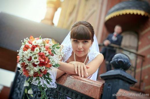 бело-красный свадебный букет