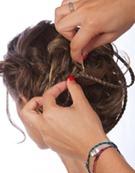 прическа с искуственной косой