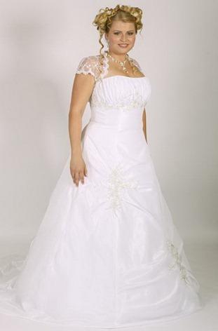 свадебное платье для полных с кружевными рукавами