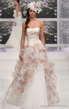 свадебное платье с цветочным рисунком