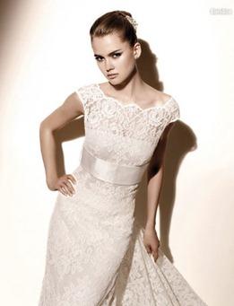 кружевное свадебное платье от valentino