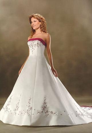 свадебное платье с красным поясом 9
