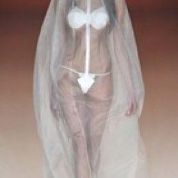 Самое откровенное свадебное платье 2012 года