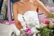 Зачем нужна аренда лимузина на свадьбу?