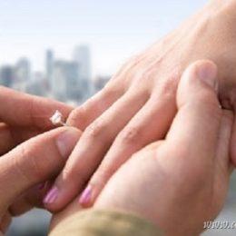 Почему не стоит покупать дорогое кольцо на помолвку?