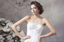 Свадебные платья со стразами