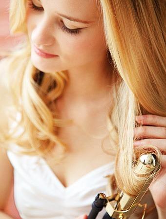 Простая свадебная прическа на длинные волосы - 330b