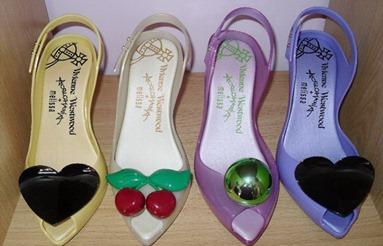 пластиковая обувь от Вивьен Вествуд