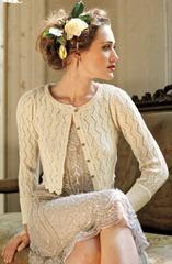 невеста в вязаной кофте