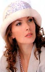 вышивка лентами на шляпке