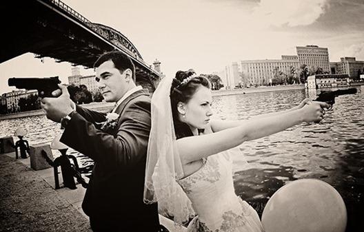 Свадебная фотосессия в гангстерском стиле.
