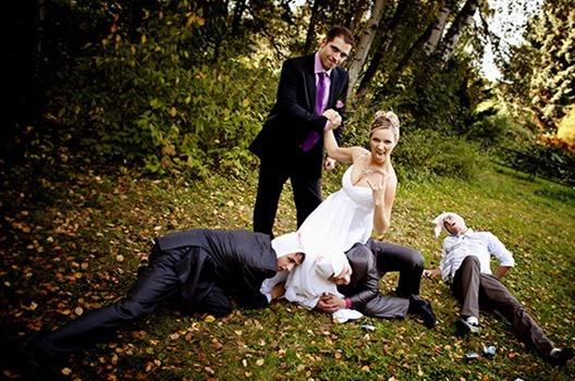 Сценарий свадебной фотосессии в гангстерском стиле можно составить...